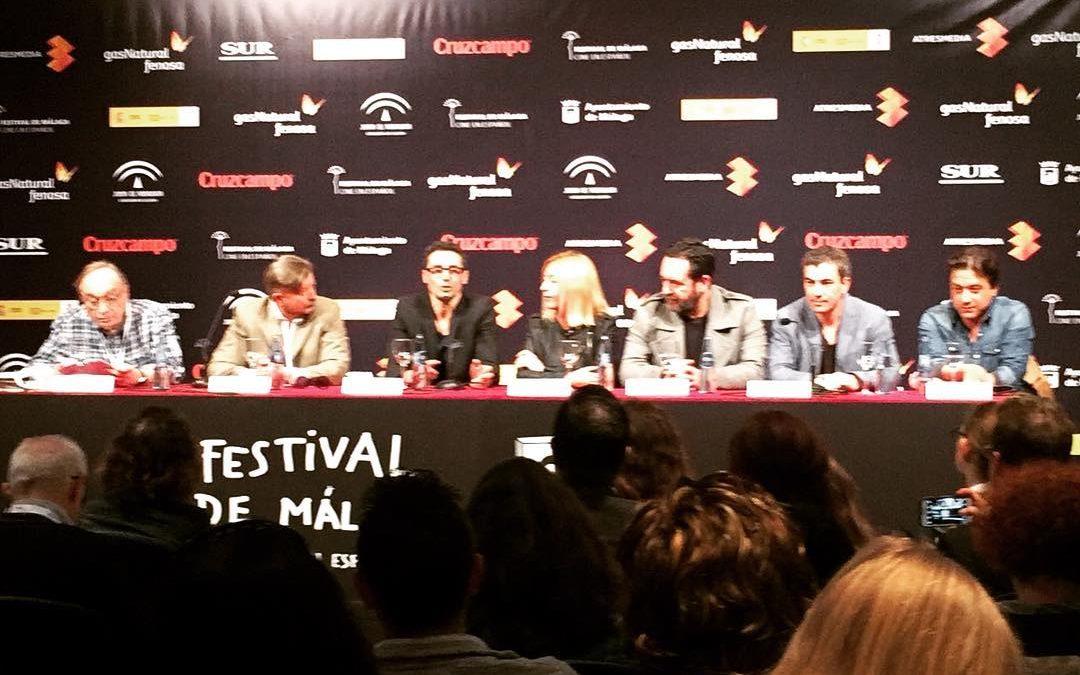 Y continuamos con la rueda de prensa de #ManiacTales #fundidoanegro #20FestivalMalaga