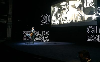 Espectacular Jorge Drexler cantando a Picasso y el Gernika @festivalmalaga #20festivalmalaga